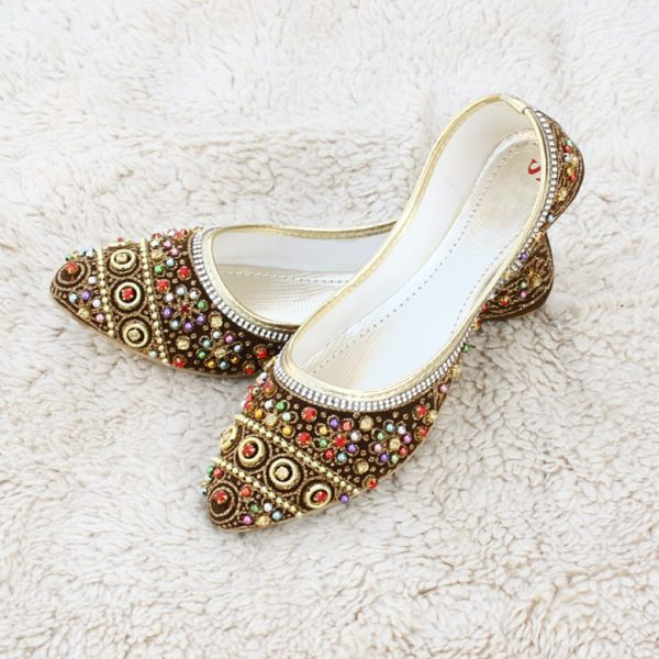 LK-003-Ladies-khussa-traditional-for-women-stitched-mojari-footwear-sandals-shoes-girls-fashion-culture-hand-made-stitched-online-sale-pakistan-pezaarpk-pezaar-heels-flats (1 (2)