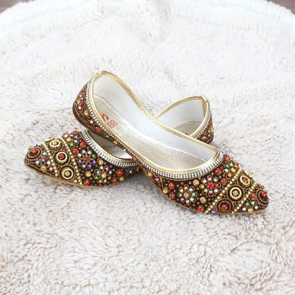 LK-003-Ladies-khussa-traditional-for-women-stitched-mojari-footwear-sandals-shoes-girls-fashion-culture-hand-made-stitched-online-sale-pakistan-pezaarpk-pezaar-heels-flats (1 (3)
