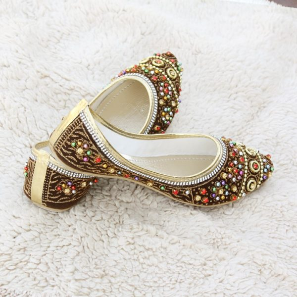 LK-003-Ladies-khussa-traditional-for-women-stitched-mojari-footwear-sandals-shoes-girls-fashion-culture-hand-made-stitched-online-sale-pakistan-pezaarpk-pezaar-heels-flats (1 (5)