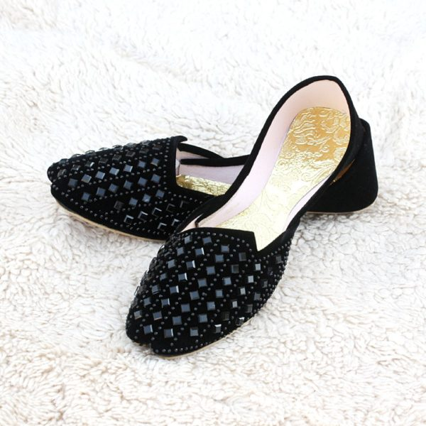 LK-005-Ladies-khussa-traditional-for-women-stitched-mojari-footwear-sandals-shoes-girls-fashion-culture-hand-made-stitched-online-sale-pakistan-pezaarpk-pezaar-heels-flats (1 (2)