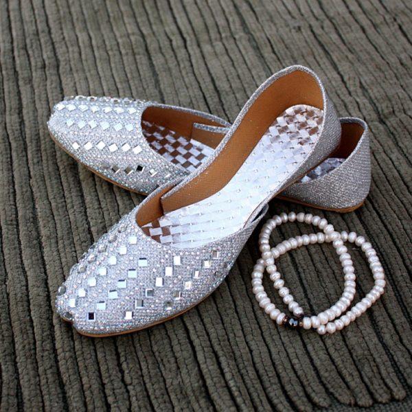 LK-011-Ladies-khussa-traditional-for-women-stitched-mojari-footwear-sandals-shoes-girls-fashion-culture-hand-made-stitched-online-sale-pakistan-pezaarpk-pezaar-heels-flats (1 (2)