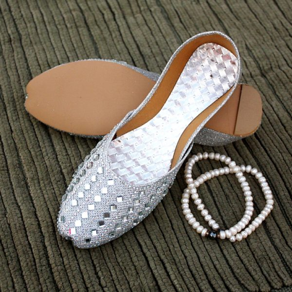 LK-011-Ladies-khussa-traditional-for-women-stitched-mojari-footwear-sandals-shoes-girls-fashion-culture-hand-made-stitched-online-sale-pakistan-pezaarpk-pezaar-heels-flats (1