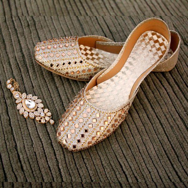 LK-012-Ladies-khussa-traditional-for-women-stitched-mojari-footwear-sandals-shoes-girls-fashion-culture-hand-made-stitched-online-sale-pakistan-pezaarpk-pezaar-heels-flats (1