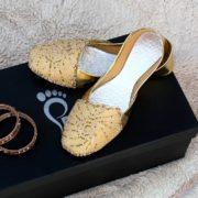 LK-015-Ladies-khussa-traditional-for-women-stitched-mojari-footwear-sandals-shoes-girls-fashion-culture-hand-made-stitched-online-sale-pakistan-pezaarpk-pezaar-heels-flats (1 (2)